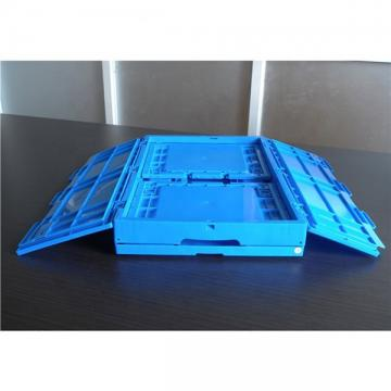 Transporting Plastic Stack and Nest Moving Container with Attached Lid